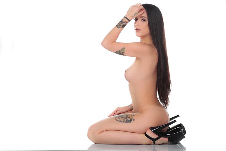 Short hair asia girl naked